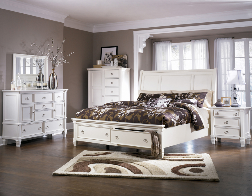 White master bedroom set