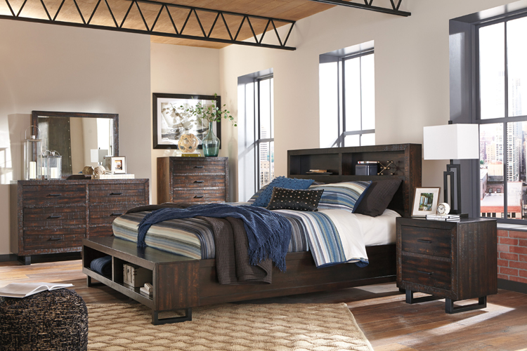 Bedroom Set With Storage