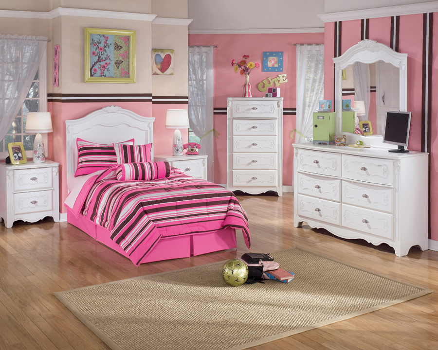 Liberty Lagana Furniture The Exquisite Youth Bedroom By Ashley F
