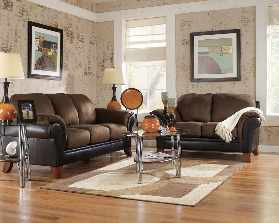 Liberty lagana furniture in meriden ct the solara for Liberty lagana living room sets